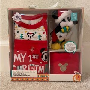 NWT Disney Baby's First Christmas Gift Set